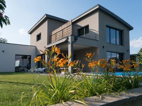 Belle maison contemporaine à toit plat
