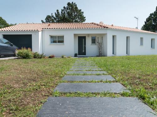 Maison en V de 115 m² à Soullans